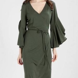 Banana Republic Green Wrap Dress Ruffle XL Bell
